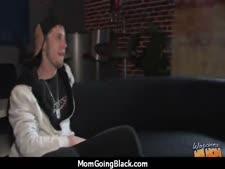 Av hot mom.com